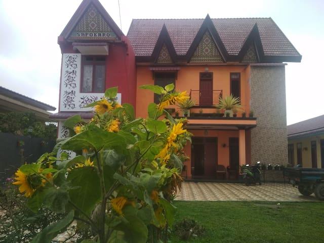 Sapokaro resthouse tempat aman, nyaman dan tenang