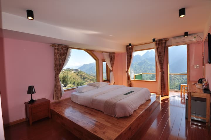3-suit room with moutain view