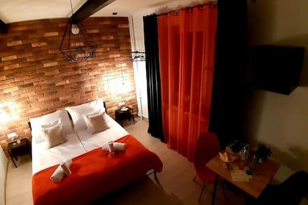 Pokój trzyosobowy Loft z prywatną łazienką