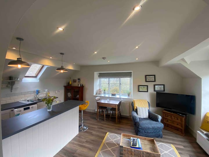 Stunning studio on the Cotswold Way