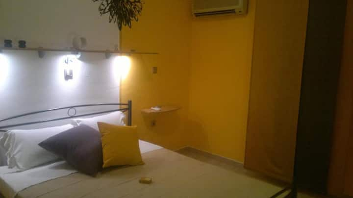 Yellow Double Room - Rhodes - Karmik Hotel