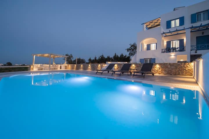 Exquisite Private Pool Villa 6 Prs @ Santorini