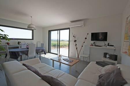 Villa 4* SPA, CLIM, PISCINE, WIFI - Pennautier - Huis