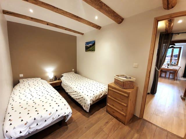 Chambre et salle de bain privées, avec cuisine