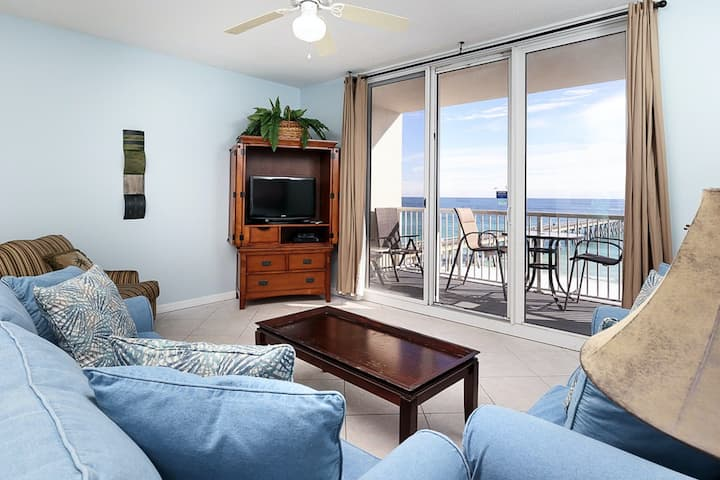 6th Floor Gulf Front Condo w/ Views, Close To Entertainment