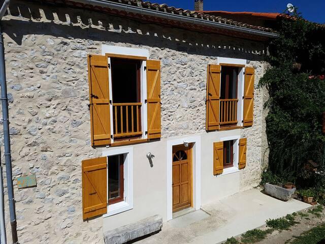 Belle maison T5 entierement renovée - Belcaire - Casa