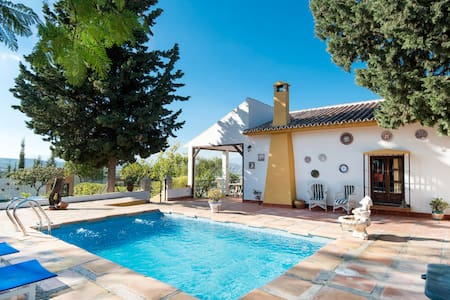 Beautiful Andalusian style house - Alhaurín el Grande - 独立屋