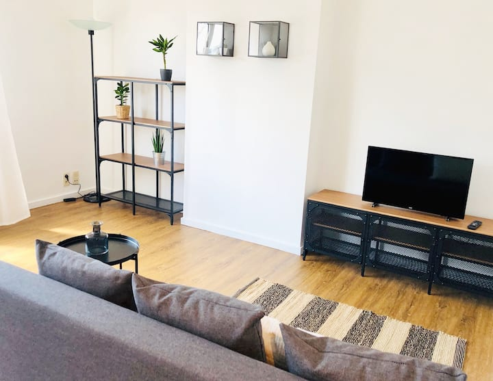 Enjoy Antwerp, stay in a charming apartment!