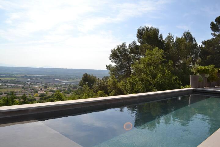 Maison de charme avec piscine privée - Sainte-Tulle - Rumah