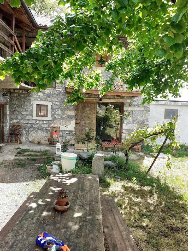 Casa con vista a Komen