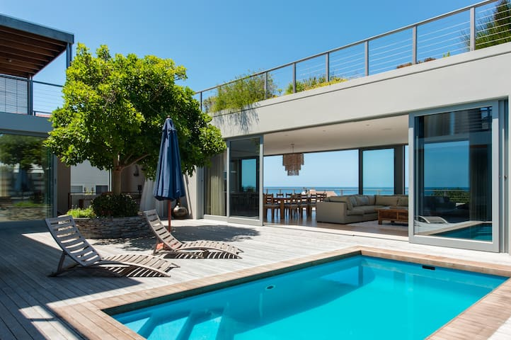 Beautiful 4 bedroomed seaside home-Blue Miles. - Vermont - Huis