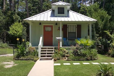 Tale Inn - Guesthouse
