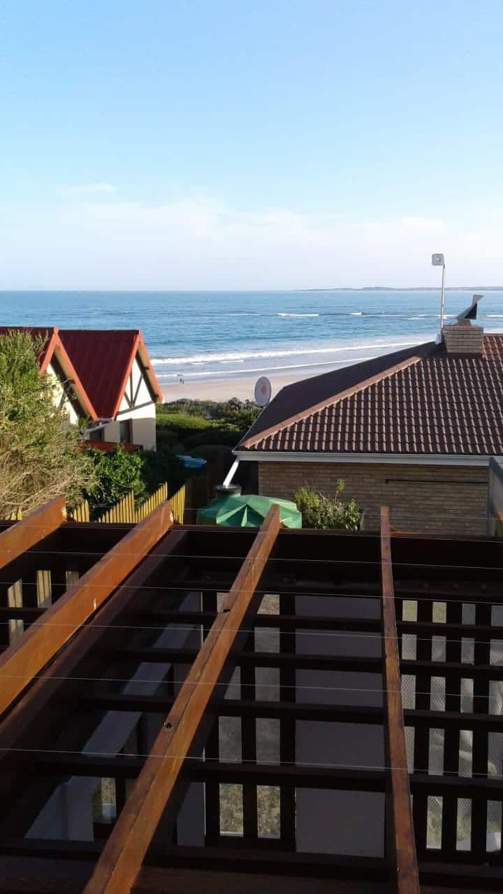 Beautiful view Beachfront Apartment!