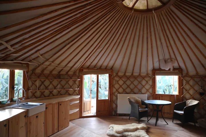 private yurt for rent