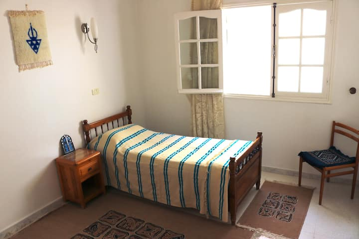 Wooden style room close to the airport