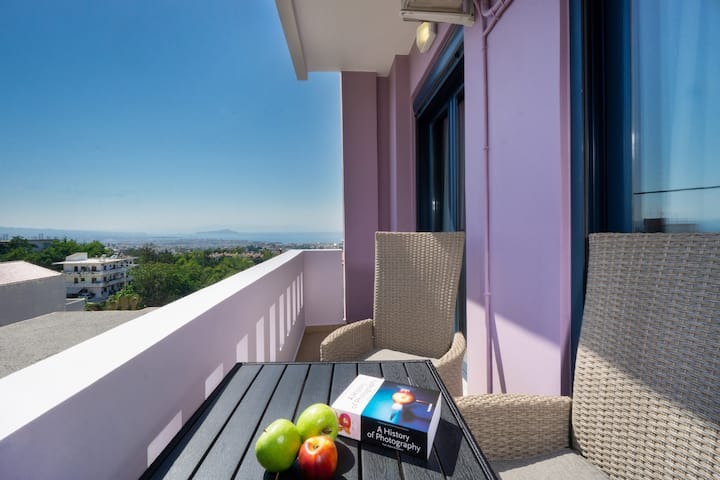 Home Philip II- Overlooks Chania (Brand New)
