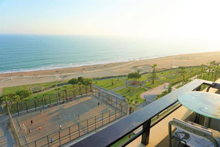 Luxury aparment ocean view