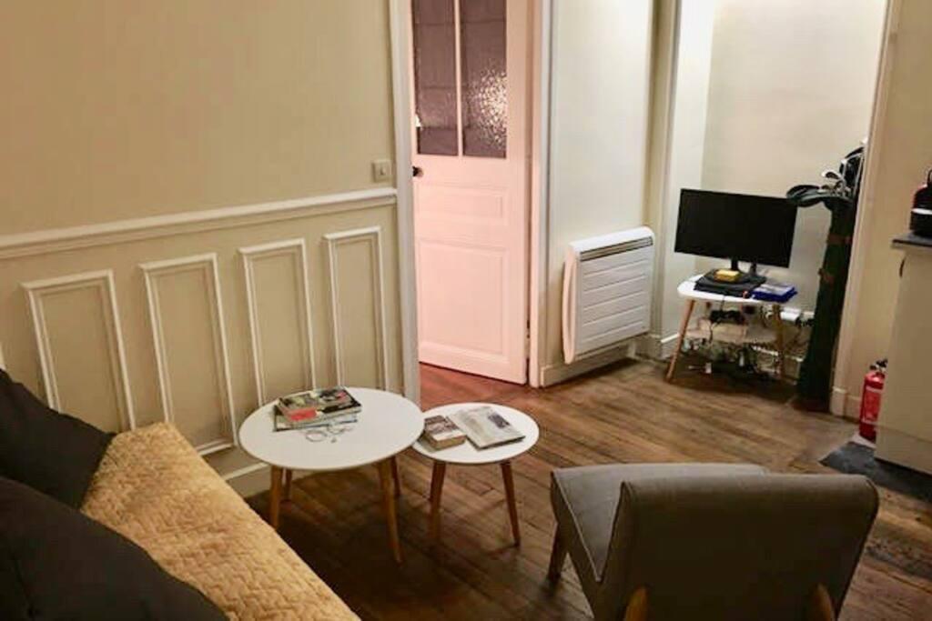 appartement 2 pi ces cosy et chaleureux appartements louer boulogne billancourt le de. Black Bedroom Furniture Sets. Home Design Ideas