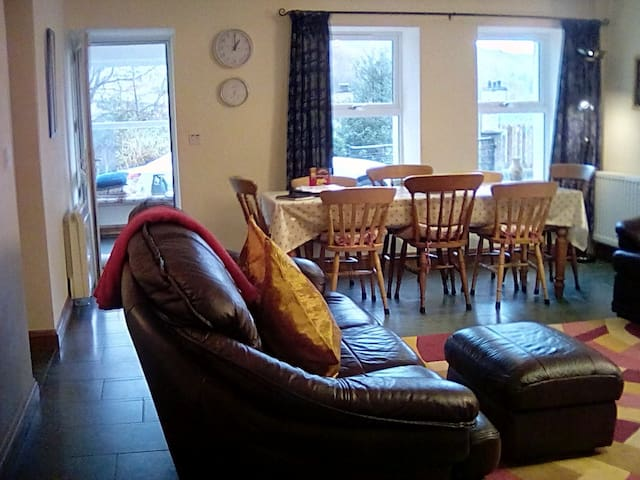 Old Travellers Rest, Duddon Valley, Cumbria, For 4