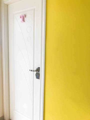 房门 Room Door