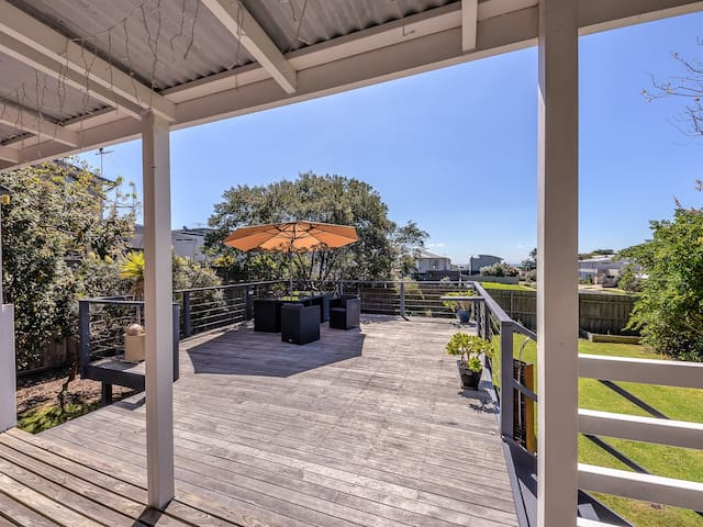 Cosy Seaside Cottage - Indented Head - Talo
