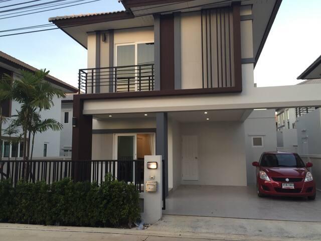 PATTALET - Pattaya - Villa