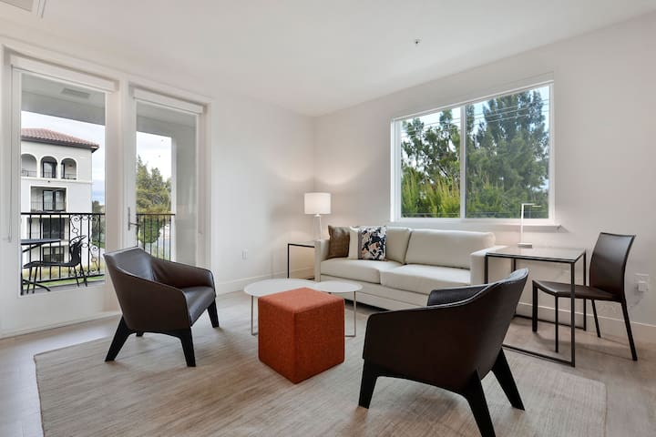 Two Bedroom Apartment w/ High-End Amenities