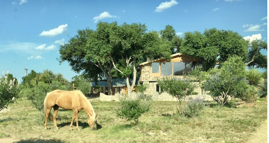 Cochise Ranch Headquarters - Roswell - Rumah