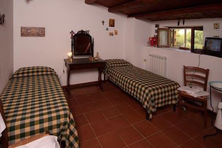 CAMERA SINGOLA LETTO MATRIMONIALE - Cammarata - Bed & Breakfast