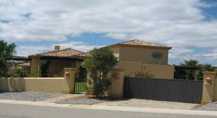 Sotogrande Super Villa by Interantional College