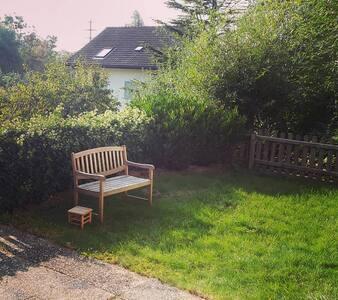 Studio: place de parc et jardin proche de la forêt - Talo