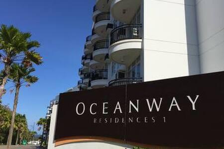 1 Bedroom Condominium w/ Sea View (3L) - 4 Pax Max