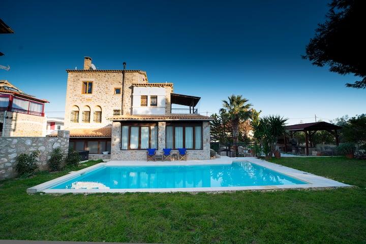Stone Villa Lagonisi