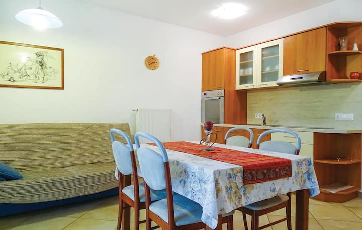 Beautiful home in Stari trg ob Kolpi with WiFi and 2 Bedrooms