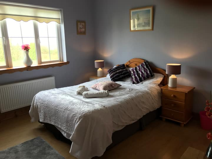 Clean Spacious Double Room with Private En-Suite