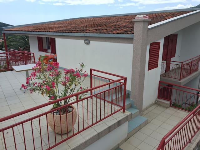 Apartmani Miljanic - Sutomore - Appartement