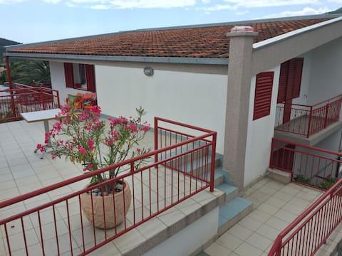 Apartments Miljanic