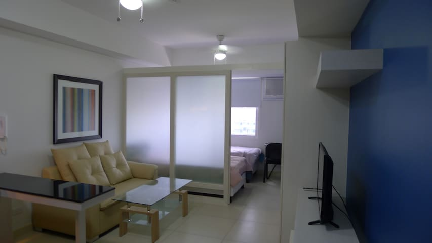 One Bedroom in the Centre of Makati - Makati - Apartment