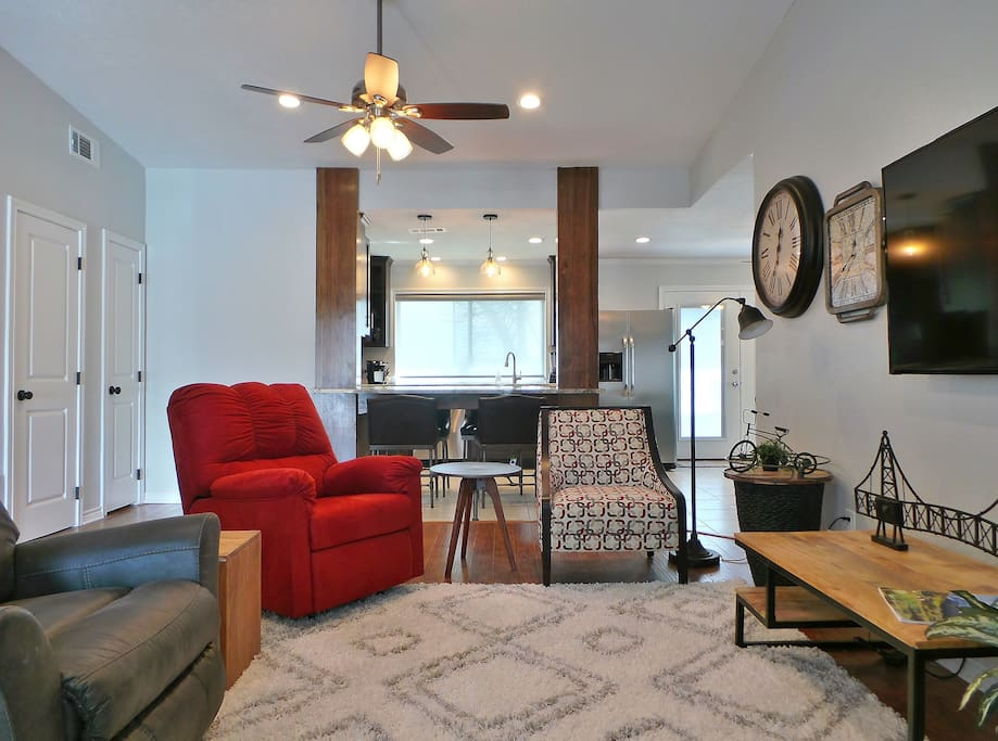 Walk into the open concept living and kitchen!