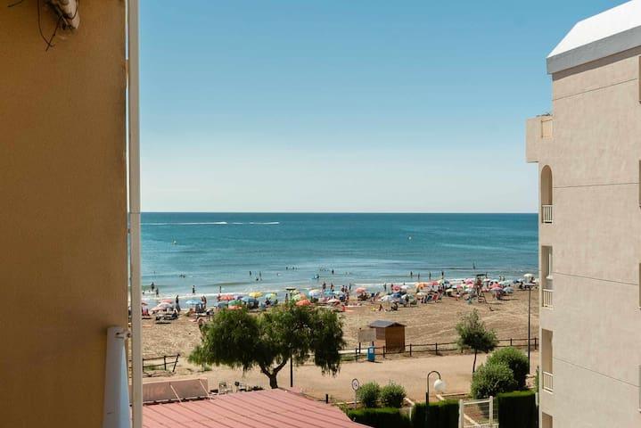 En la orilla de la Playa del Cargador WIFI gratis