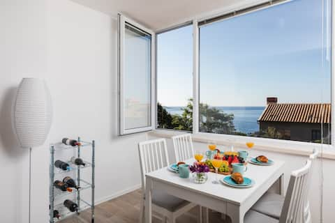 Kunei - Apartment with Sea View close to Old Town