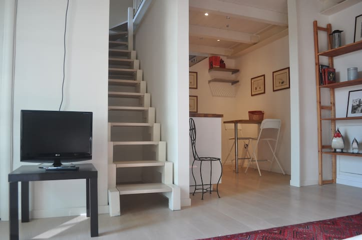 Loft with private parking in the city center
