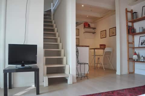 Loft with private parking in the old town
