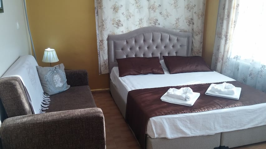 Welcome to the city of love s8 - Foça - Bed & Breakfast