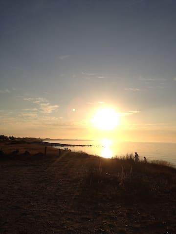 Klassisk sommerhusdrøm ved havet - Sjællands Odde - Haus