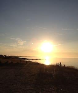 Klassisk sommerhusdrøm ved havet - Sjællands Odde