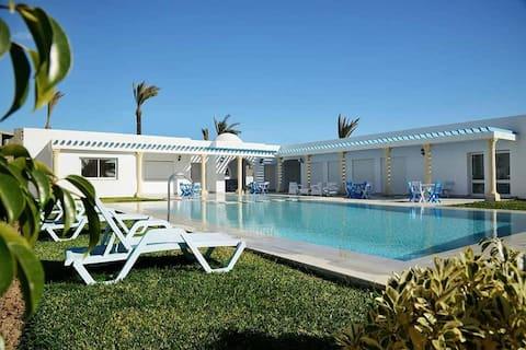 εκπληκτικό διαμέρισμα στην πισίνα διακοπών