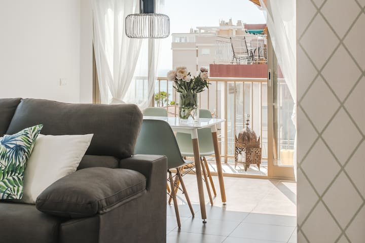 Myflats Premium Beach 2 Bedroom with balcony