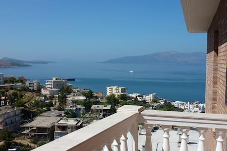 Modern apartment with sea view close to the beach - Sarandë
