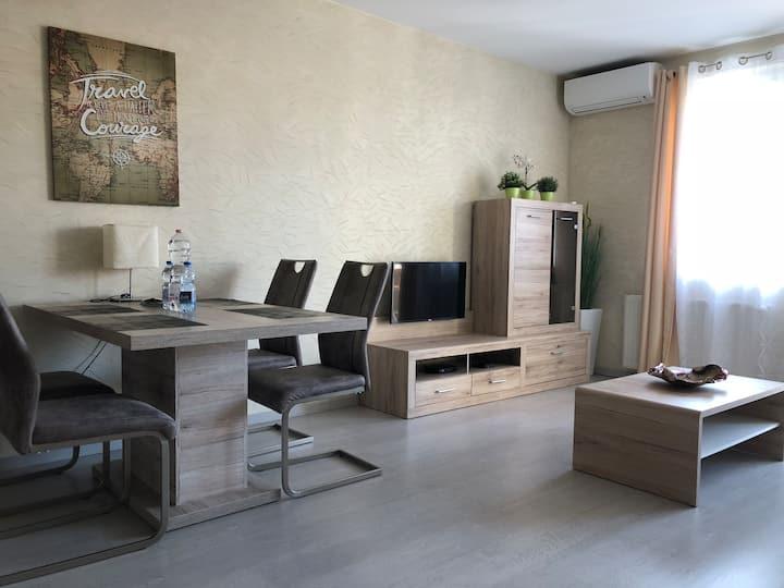 Renar Apartment